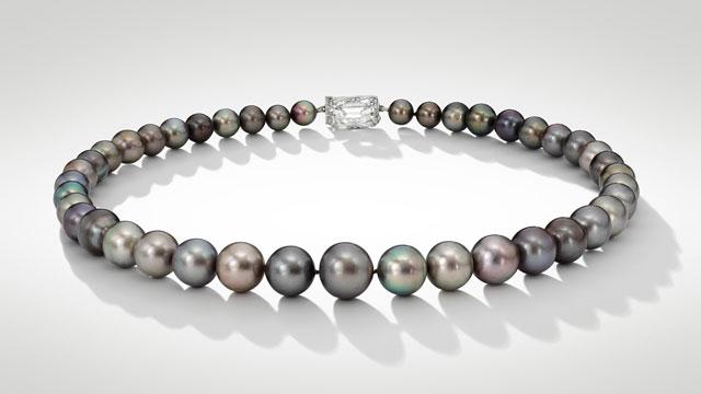Perlový náhrdelník 99f7b2f0ba3