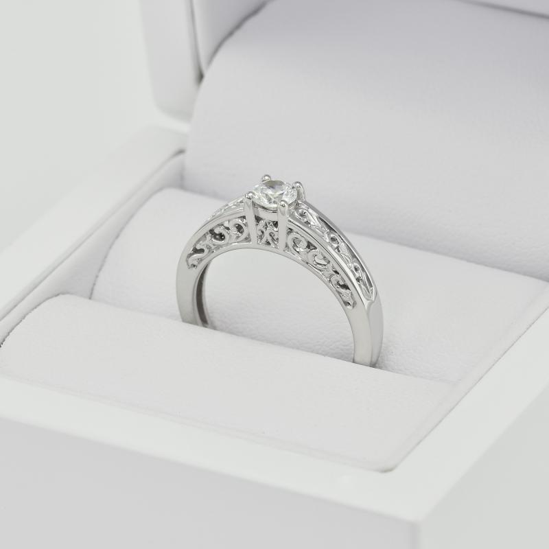 Zasnubni Vintage Prsten S Diamantem Lerien Eppi Cz