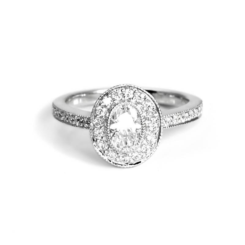 Zasnubni Prsten Ve Vintage Stylu S Ovalnym Diamantem Kaysi Eppi Cz